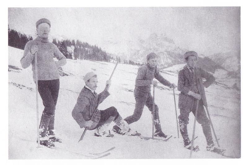 einige der ersten Skiläufer in Tannheim - 1910