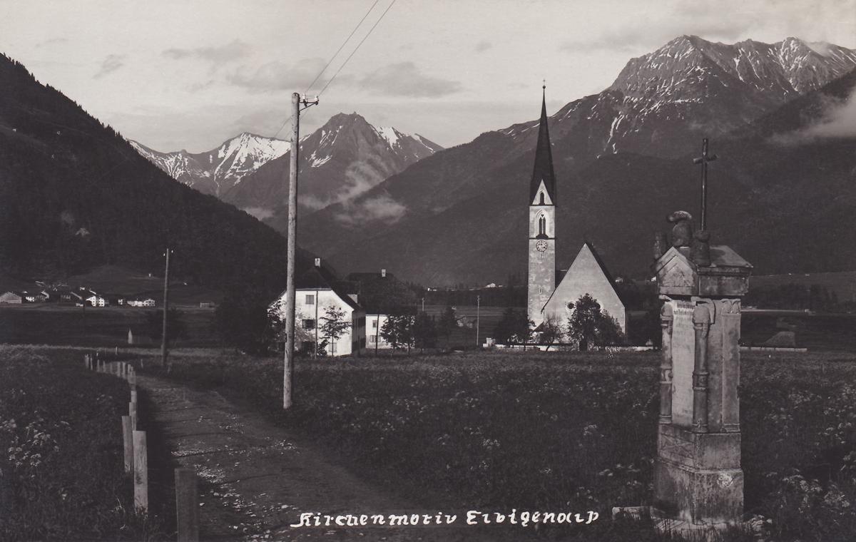 Die Pfarrkirche von Elbigenalp - Photograf Alois Wiesentainer (etwa 30er Jahre)