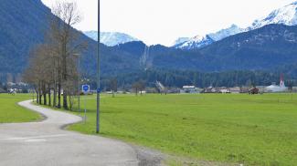 Königsweg und Kirche von Breitenwang an der Via Claudia Augusta