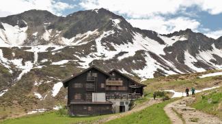 Schwarzwasserhütte und Steinmandl