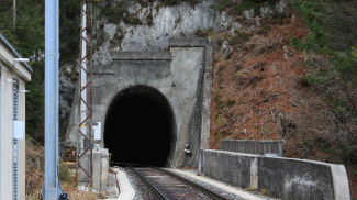 Portal Klausentunnel