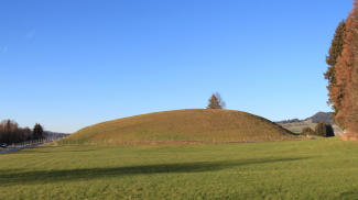 Rebellions-Hügel bei Agathazell