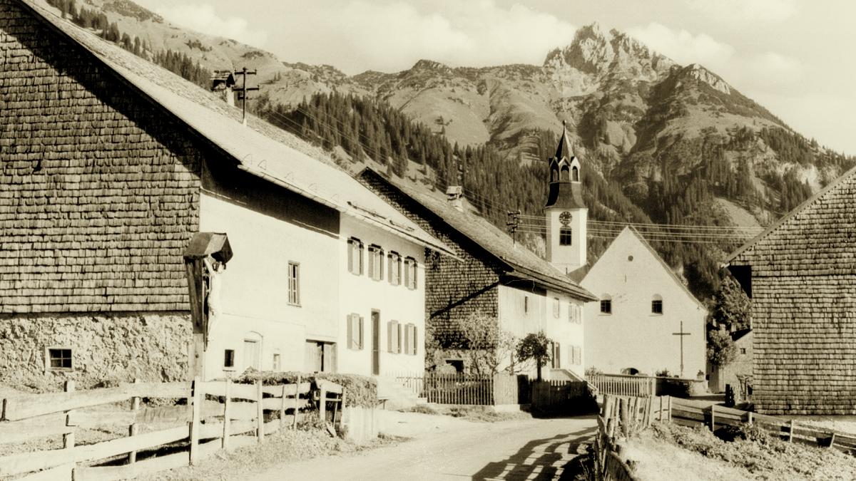 dorfstraße nesselwängle gaichtspitze kirche