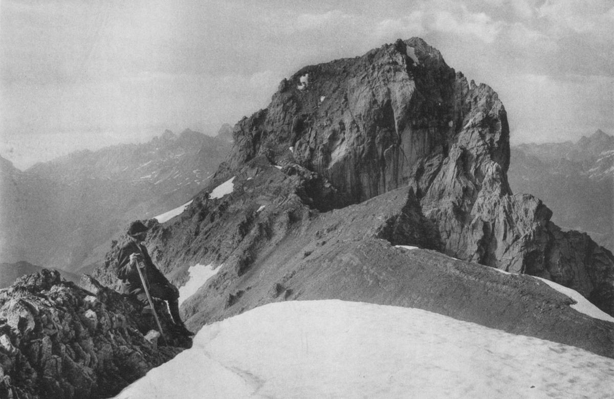 Gipfel der Wetterspitze von der Feuerspitze - Foto: Dr. F. Benesch - aus: Zeitschrift des DÖAV (1911)