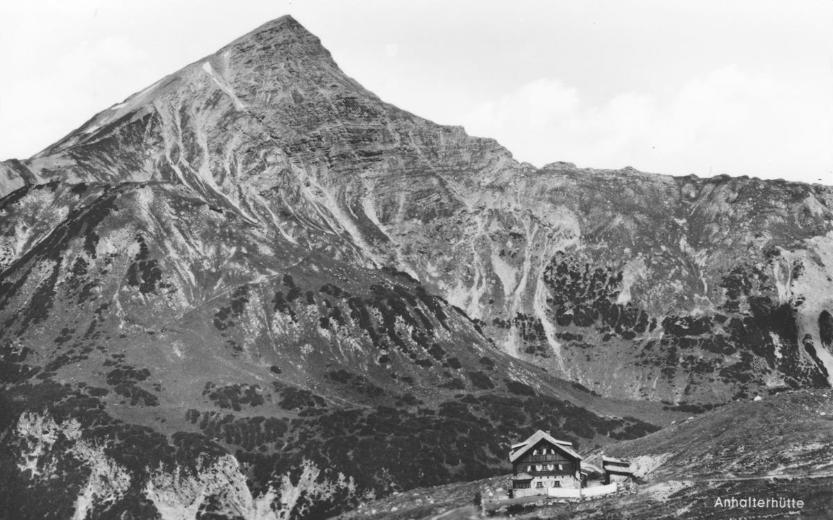 die Anhalter Hütte mit der Namloser Wetterspitze - etwa 60er Jahre (Karte nicht gelaufen) - Franz Milz Verlag
