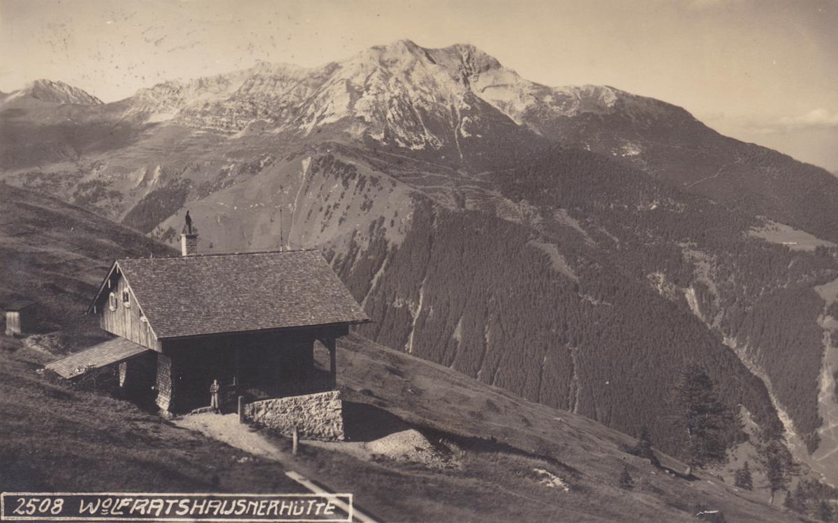 die Wolfratshauser Hütte im östlichsten Teil der Lechtaler Alpen - Alpiner Kunstverlag Wilhelm Stempfle - Karte gelaufen 1929