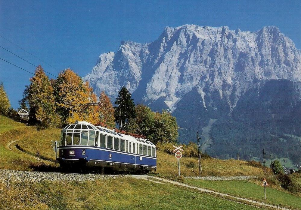elektrischer Aussichtstriebwagen 491001 (Fuchs/AEG; Bj. 1935) auf der Strecke Lermoos - Ehrwald - Foto: Horst Büttner (1986)